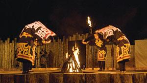 イコロで新たに始まる。 「イオマンテの火まつり」